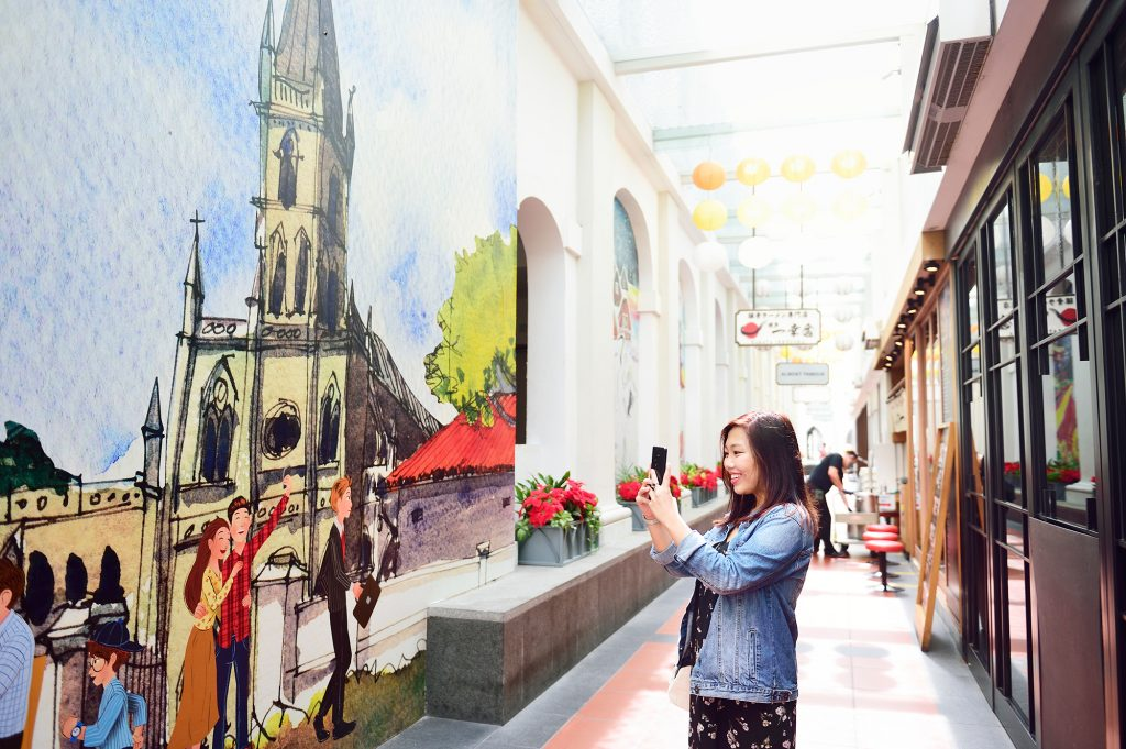 """, Be a """"Crazy Rich Asian"""" for a day at CHIJMES"""