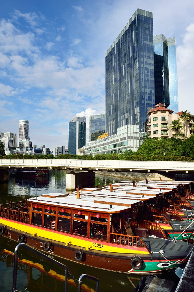, Hop on and cruise down the Singapore river!