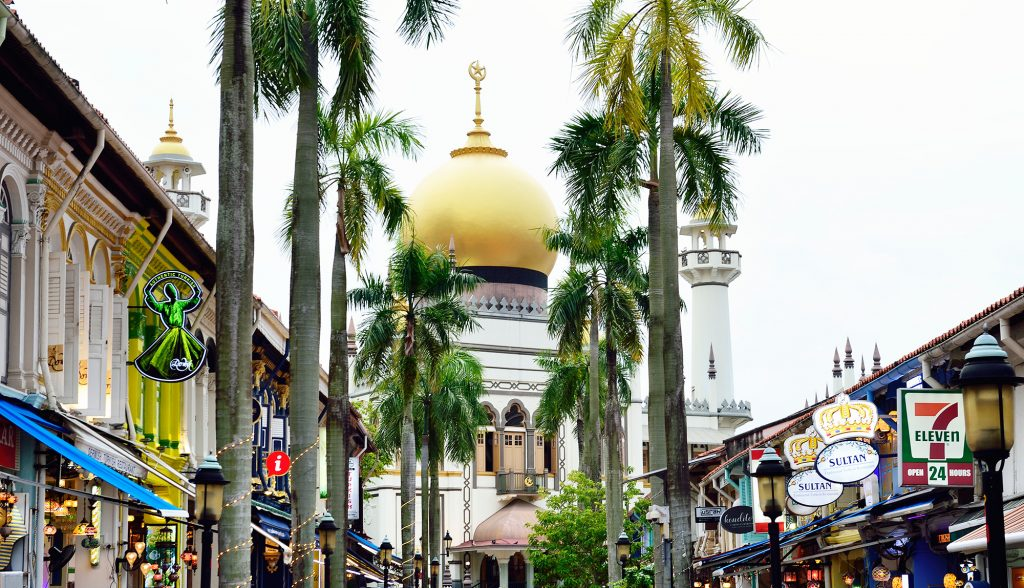 , What's that gleaming in the distance? It's Masjid Sultan!